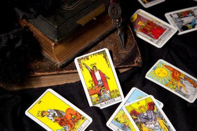 Kartenlegen mit Tarotkarten
